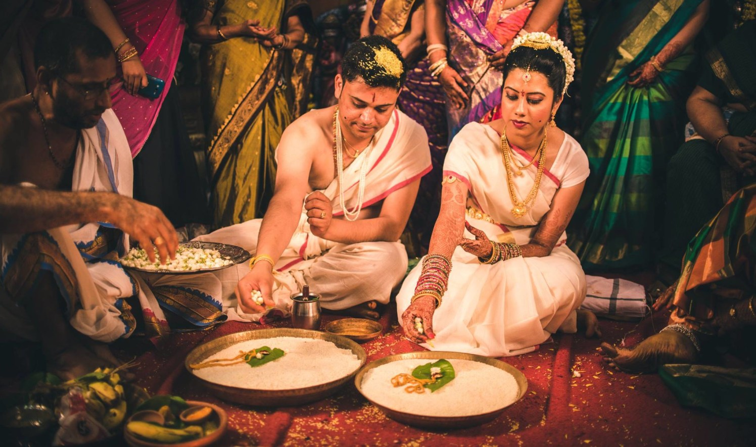 A ritualistic overview! by Abhishek Sarkar Wedding-photography Bridal-jewellery-and-accessories | Weddings Photos & Ideas