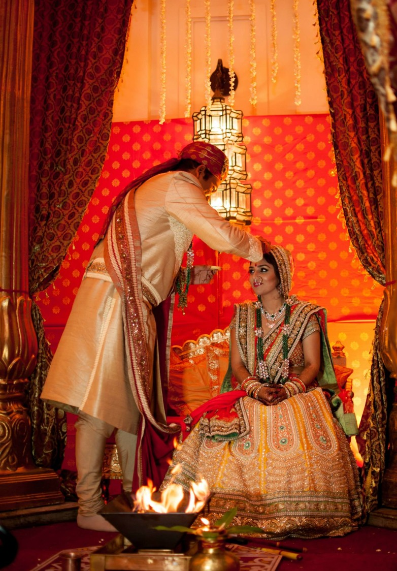 The act of fulfillment! by Abhishek Sarkar Wedding-photography   Weddings Photos & Ideas