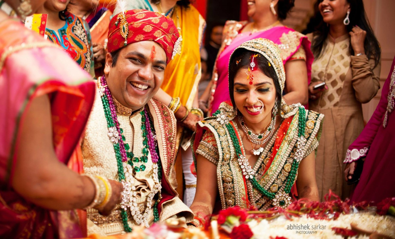 Pretty contentment! by Abhishek Sarkar Wedding-photography Bridal-makeup Bridal-jewellery-and-accessories | Weddings Photos & Ideas