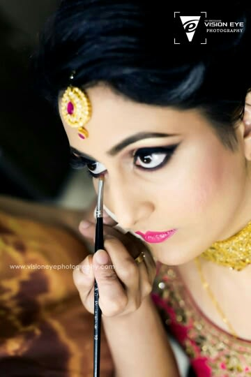 Getting Ready Shot by Srikanth Reddy Basadi Wedding-photography | Weddings Photos & Ideas