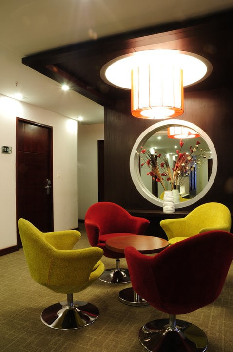 Meeting Room by Rashmi Modern | Interior Design Photos & Ideas