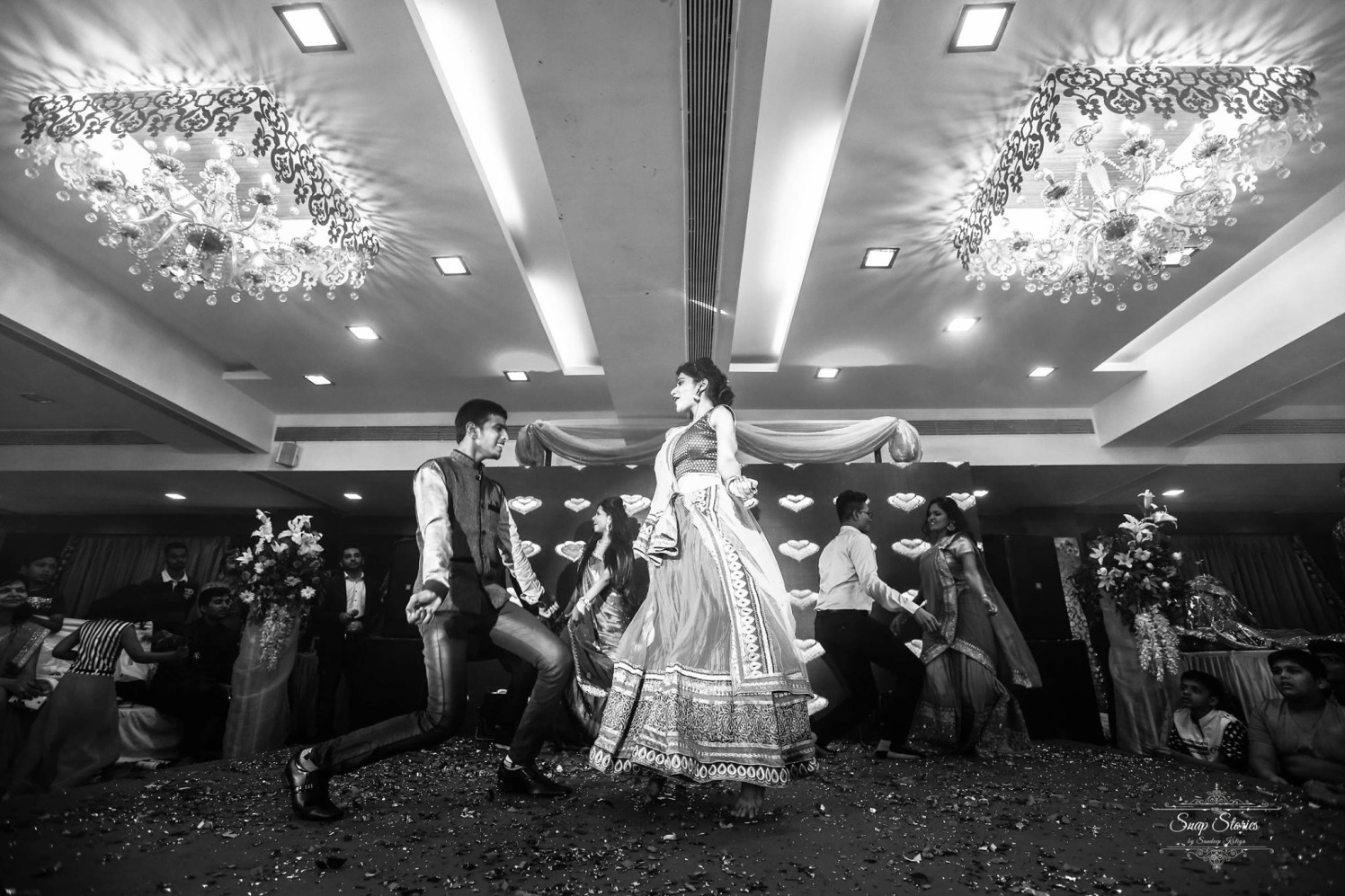 Family Dancing on Sangeet Day by sandip kotia Photography Wedding-photography | Weddings Photos & Ideas
