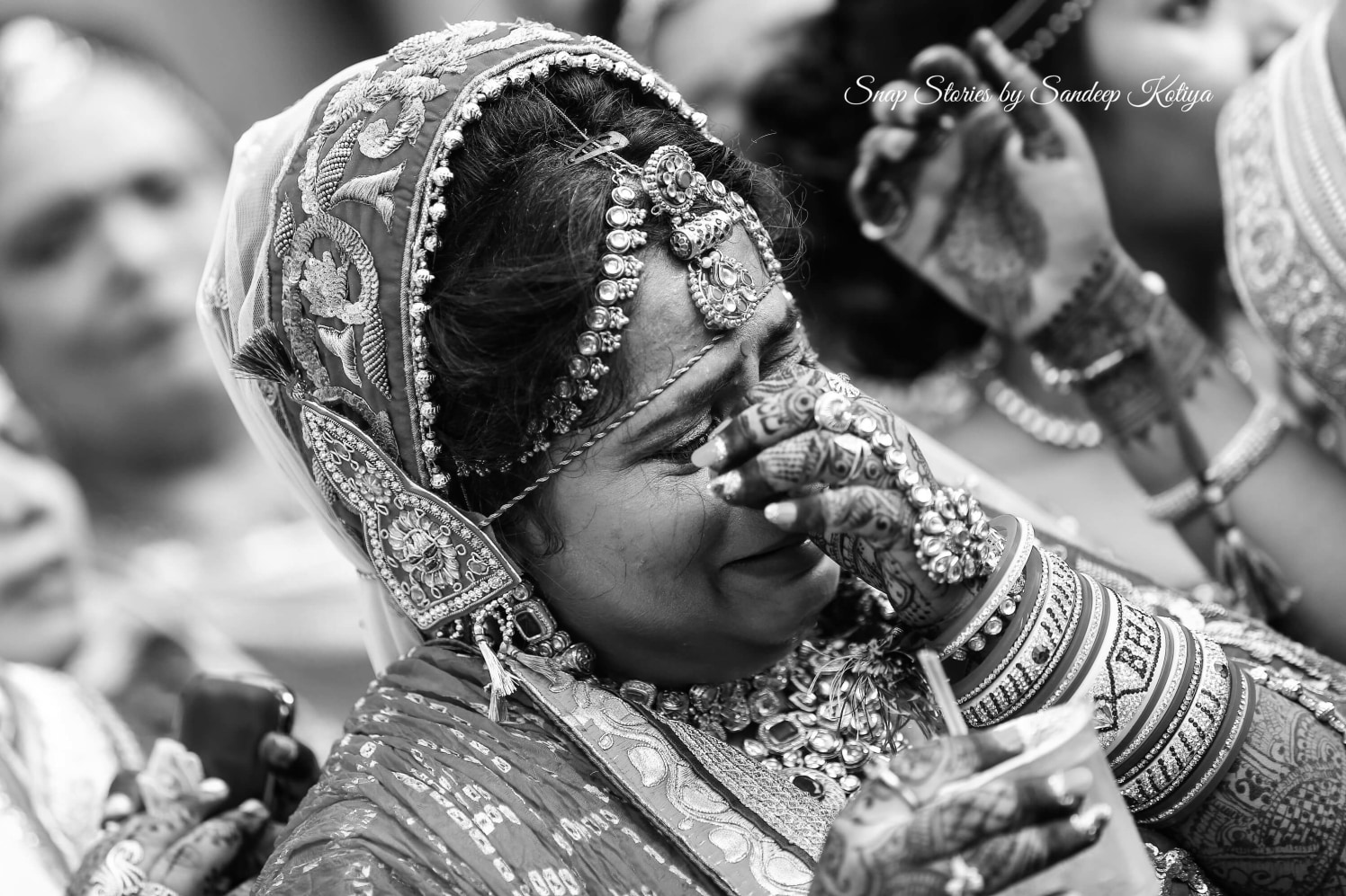 Nostalgic bride! by sandip kotia Photography Wedding-photography Bridal-jewellery-and-accessories | Weddings Photos & Ideas