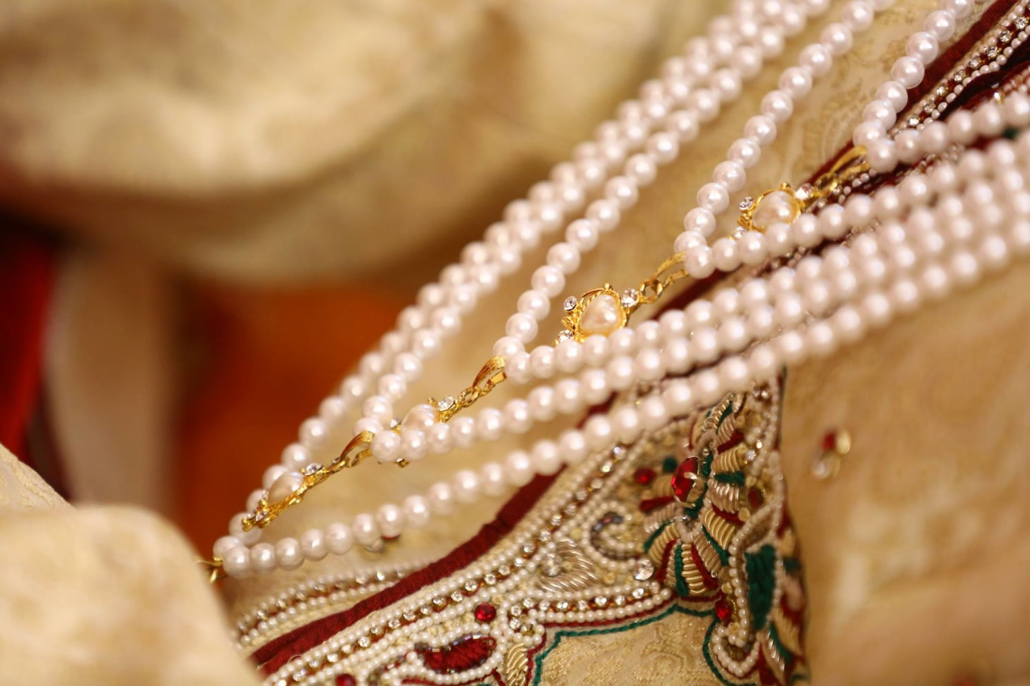 A pearly magic! by sandip kotia Photography Wedding-photography Groom-wear-and-accessories | Weddings Photos & Ideas