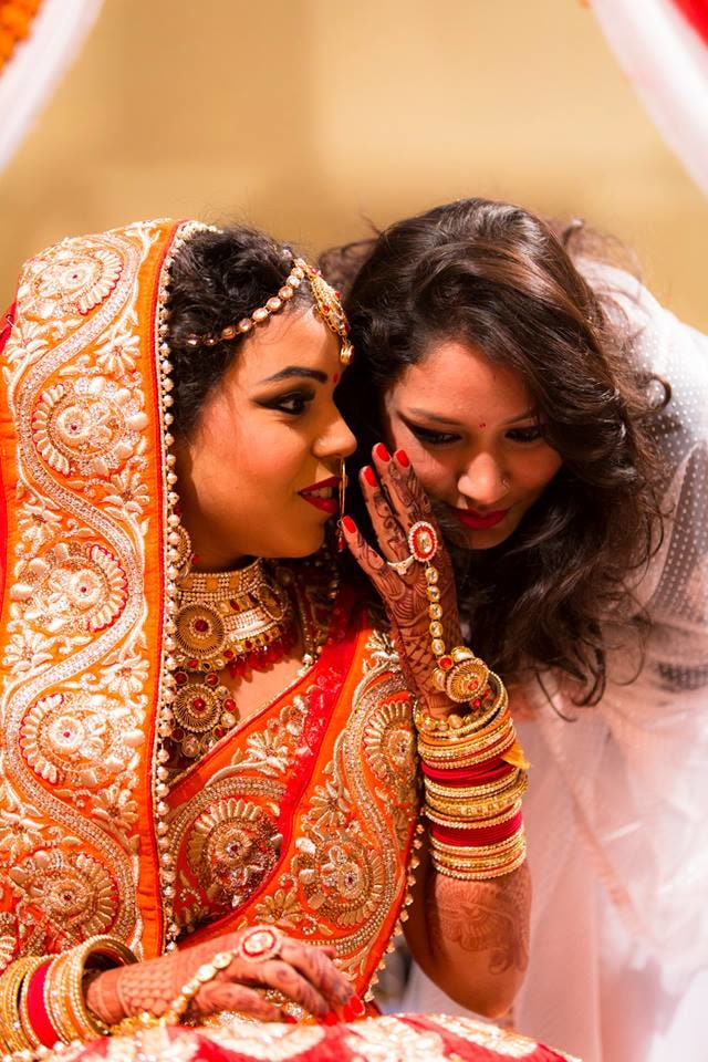 Candid Moment Caught by Nazzare Photography  Wedding-photography Bridal-jewellery-and-accessories Bridal-makeup | Weddings Photos & Ideas