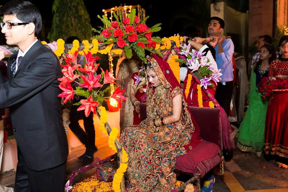 Stunning Bridal Entry by Nazzare Photography  Wedding-photography | Weddings Photos & Ideas