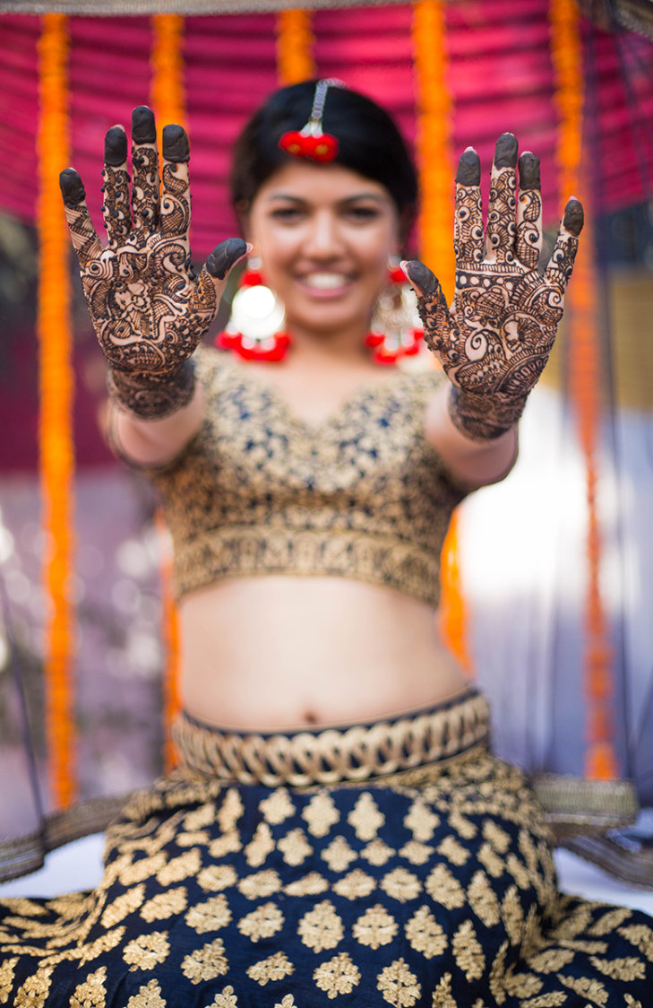 Mehendi shot ! by Sumit Jain photography Wedding-photography | Weddings Photos & Ideas