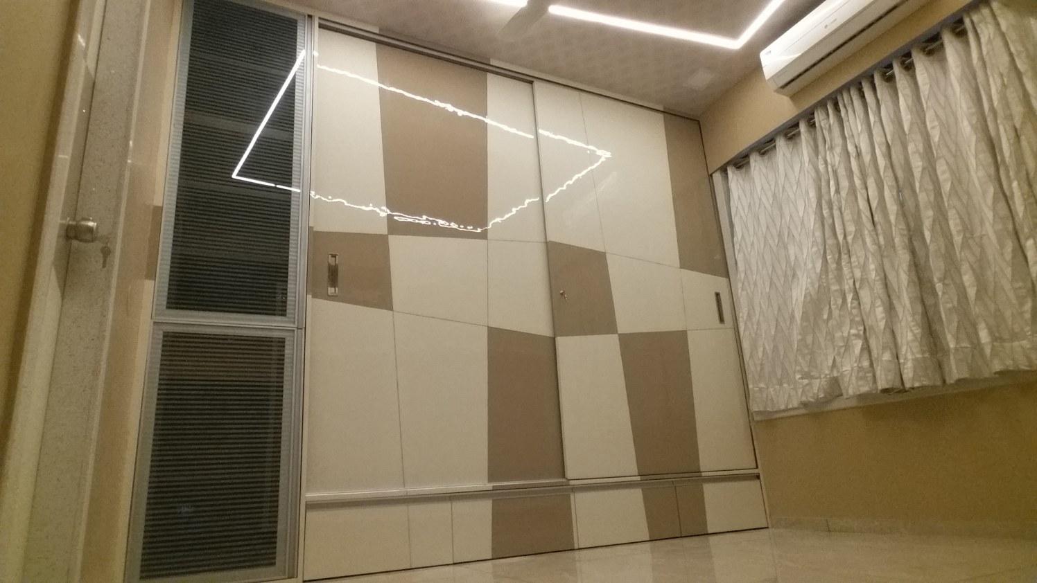 Bedroom Wardrobe by Alaya D'decor  Bedroom Modern | Interior Design Photos & Ideas