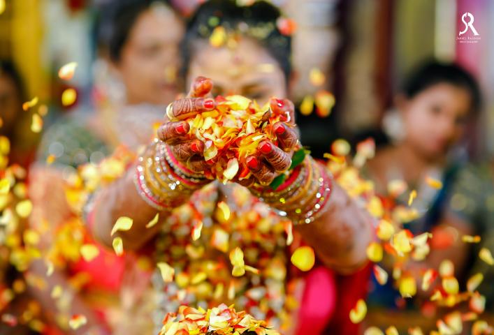 The Flowery Ritual by Samuel Rasoori Photography Wedding-photography | Weddings Photos & Ideas