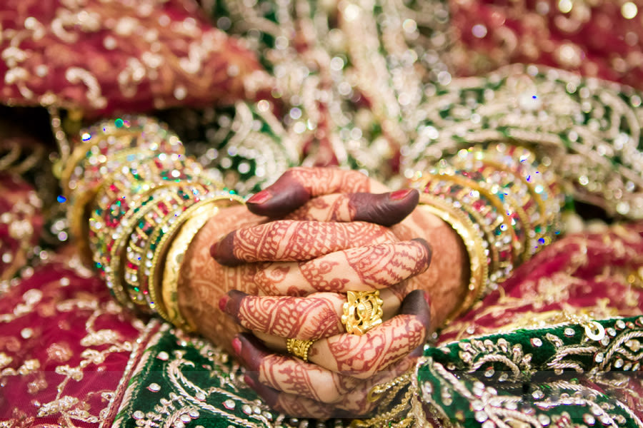 Intertwined Designs by Samuel Rasoori Photography Wedding-photography Bridal-mehendi | Weddings Photos & Ideas