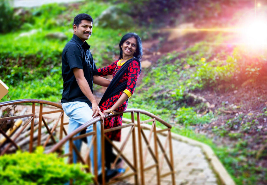 Romancing on the Bridge by Abdul Aneez Wedding-photography | Weddings Photos & Ideas