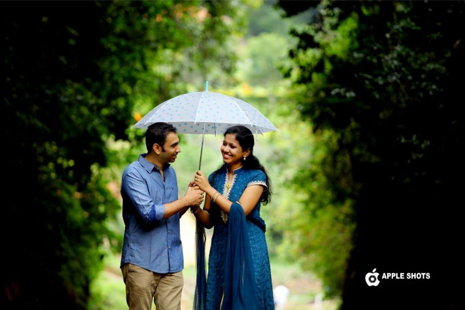 Sharing Hearts and an Umbrella by Abdul Aneez Wedding-photography | Weddings Photos & Ideas