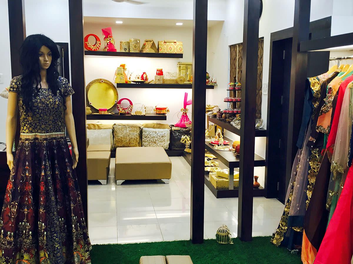Showroom With Marble Flooring by Anshuma Vaidya Bora Modern | Interior Design Photos & Ideas