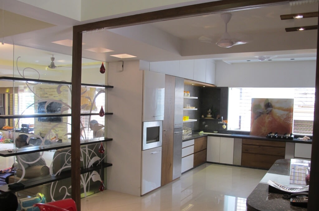 L Shaped Kitchen With Wooden Cabinets by Kalyani Kulkarni Modular-kitchen Contemporary | Interior Design Photos & Ideas