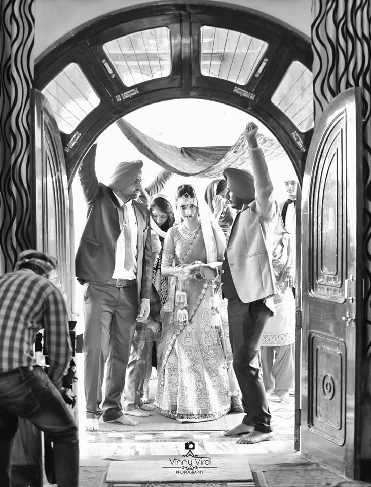 A Ravishing Bride Entry. by Vinny Virdi Photography Wedding-photography | Weddings Photos & Ideas