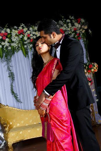 Couple Shot by Dilip Wedding-photography | Weddings Photos & Ideas
