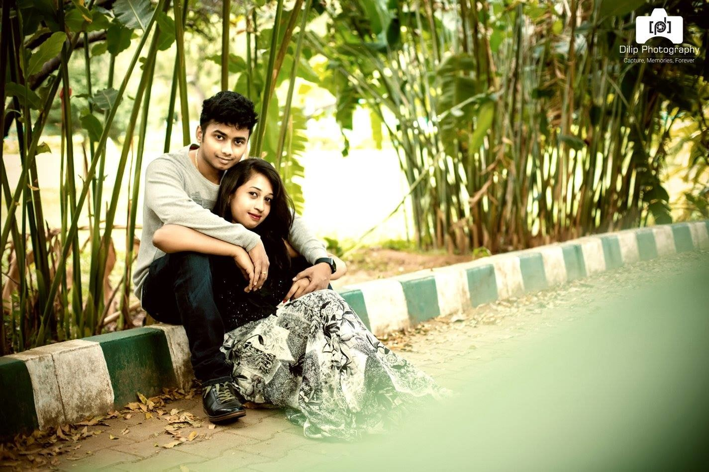 Couple Photo shoot by Dilip Wedding-photography | Weddings Photos & Ideas