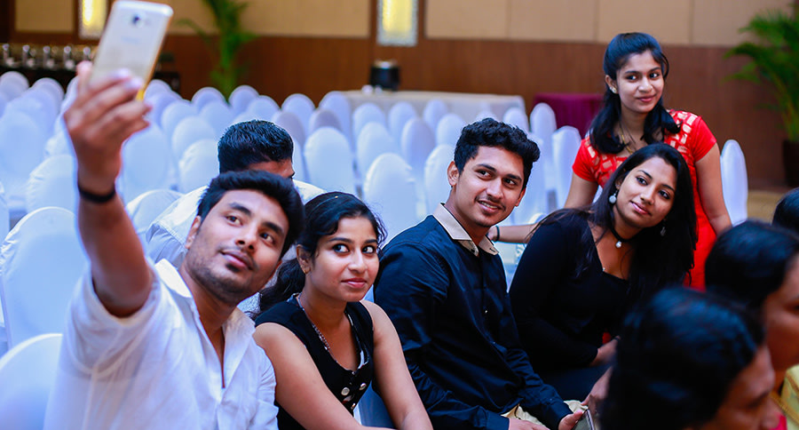 Wedding Guests by Dilip Wedding-photography | Weddings Photos & Ideas