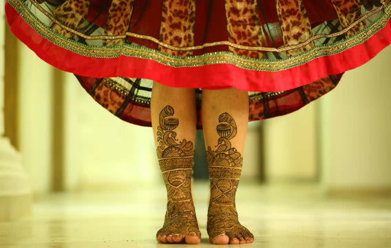 Bridal feet mehendi! by Bunker Bowy Photography Wedding-photography | Weddings Photos & Ideas