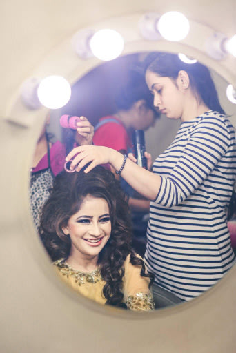 Bride getting ready! by Bunker Bowy Photography Wedding-photography | Weddings Photos & Ideas