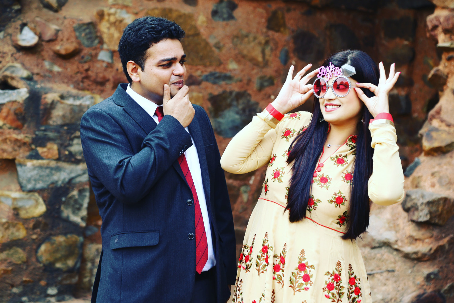 A couple of blushing lovers by Momento Perfecto Wedding-photography | Weddings Photos & Ideas
