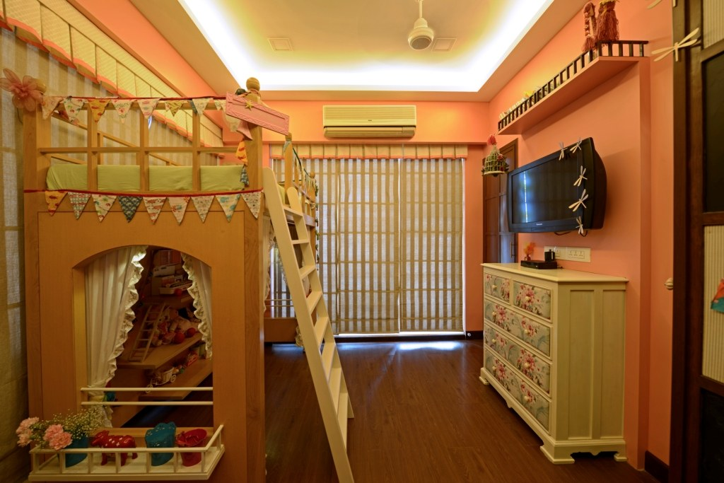 Class Kids Room by Himanshi Bedroom Modern | Interior Design Photos & Ideas
