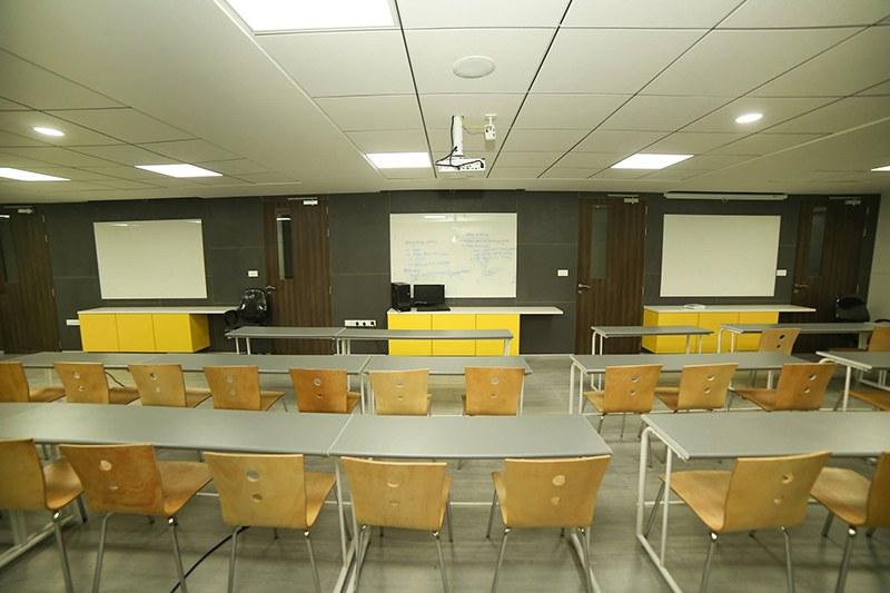 Meeting Room by DesignStory | Interior Design Photos & Ideas
