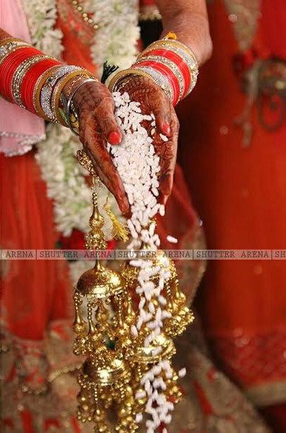 Shower of grain ritual by SHUTTER ARENA Wedding-photography | Weddings Photos & Ideas