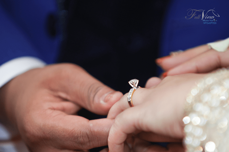 All about that ring! by Full View Media Vision Wedding-photography | Weddings Photos & Ideas