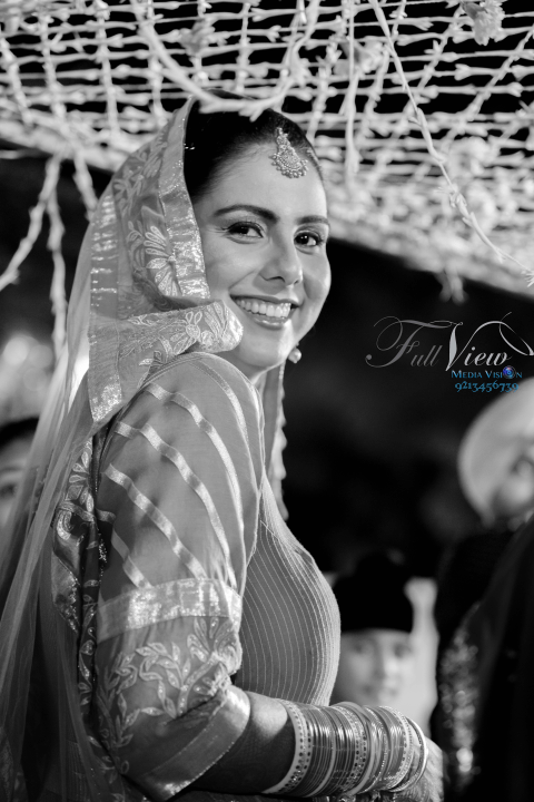 Tantalizing smiles! by Full View Media Vision Wedding-photography | Weddings Photos & Ideas