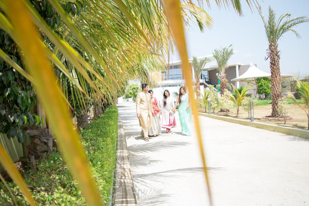 Sunny hues! by Roma Patel Photography Wedding-photography | Weddings Photos & Ideas