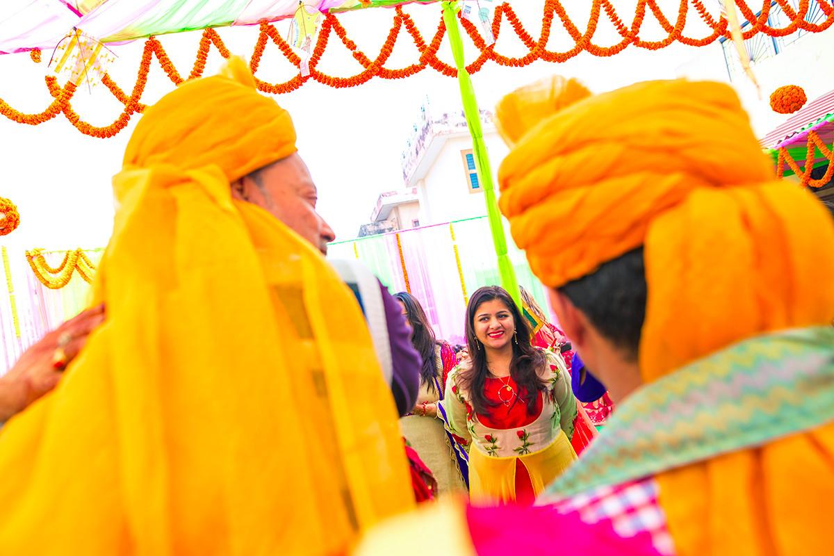 Capturing the glimpses! by Studio RGB Wedding-photography   Weddings Photos & Ideas