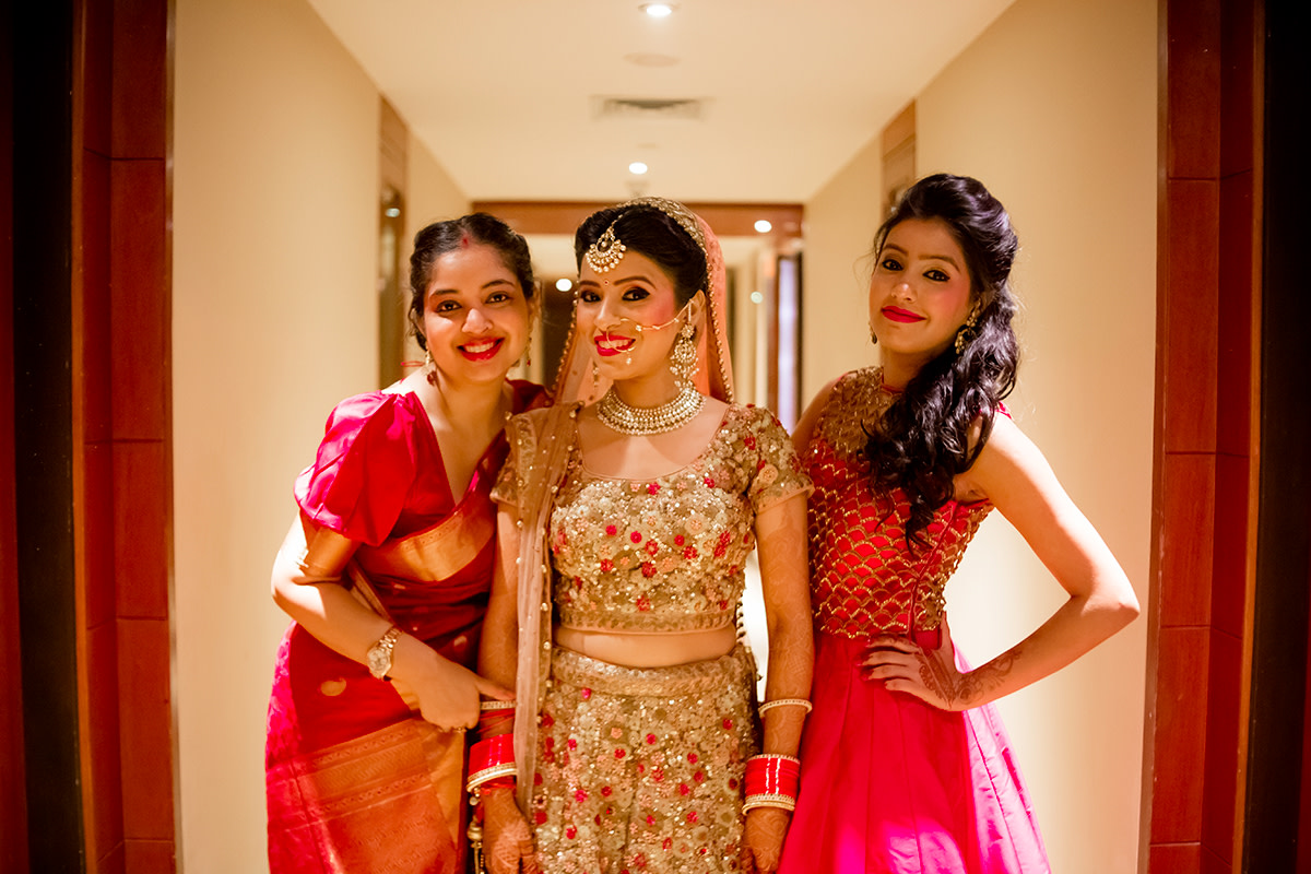 Ladies choose to pose! by Studio RGB Wedding-photography | Weddings Photos & Ideas