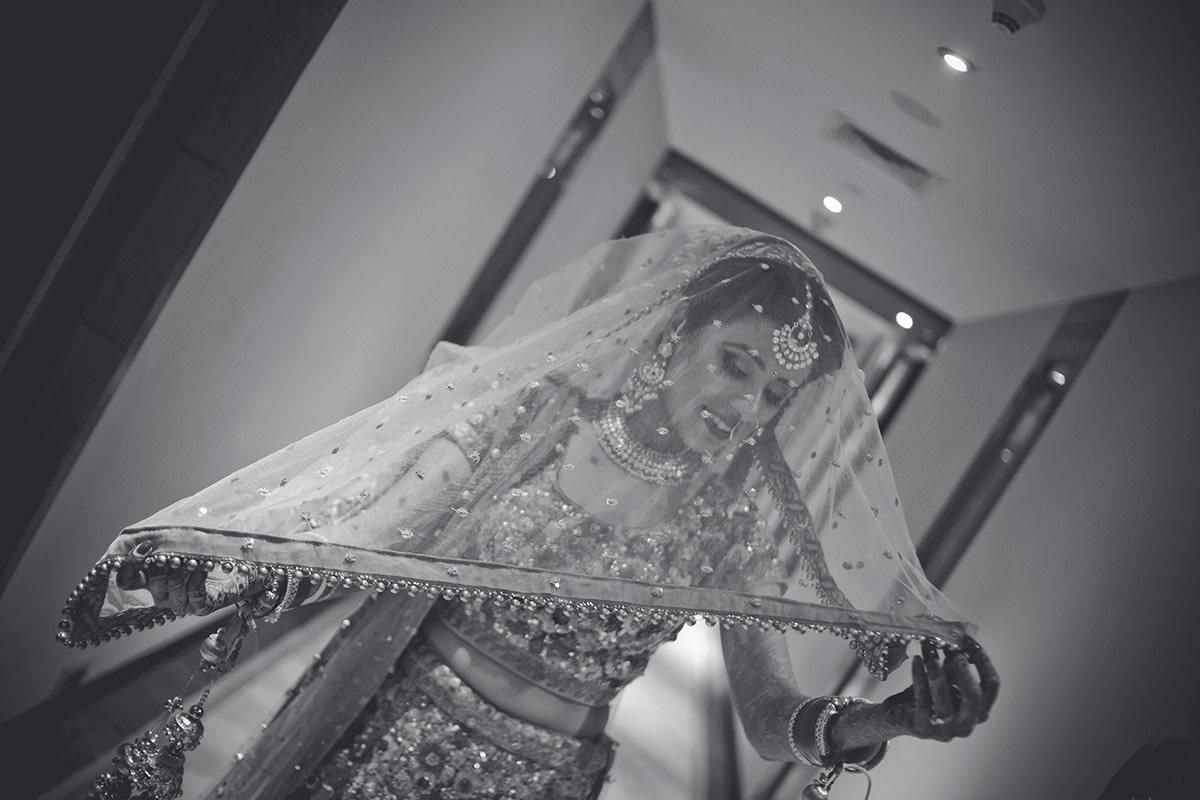 A chromatic charm! by Studio RGB Wedding-photography   Weddings Photos & Ideas