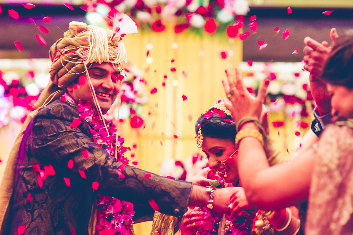 Shower of blessings! by Studio RGB Wedding-photography | Weddings Photos & Ideas