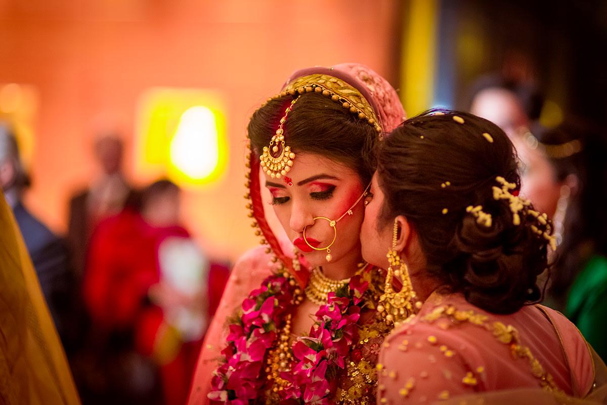Kiss the bride! by Studio RGB Wedding-photography | Weddings Photos & Ideas