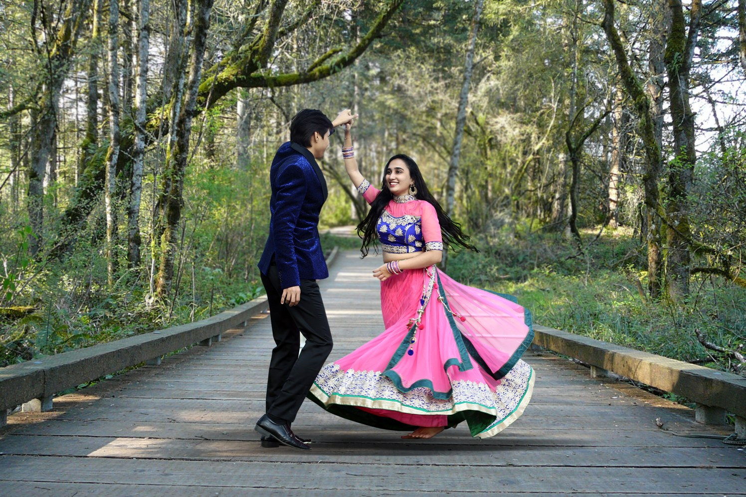 Classic couple dancing together by Shobha Dhillon Wedding-photography | Weddings Photos & Ideas