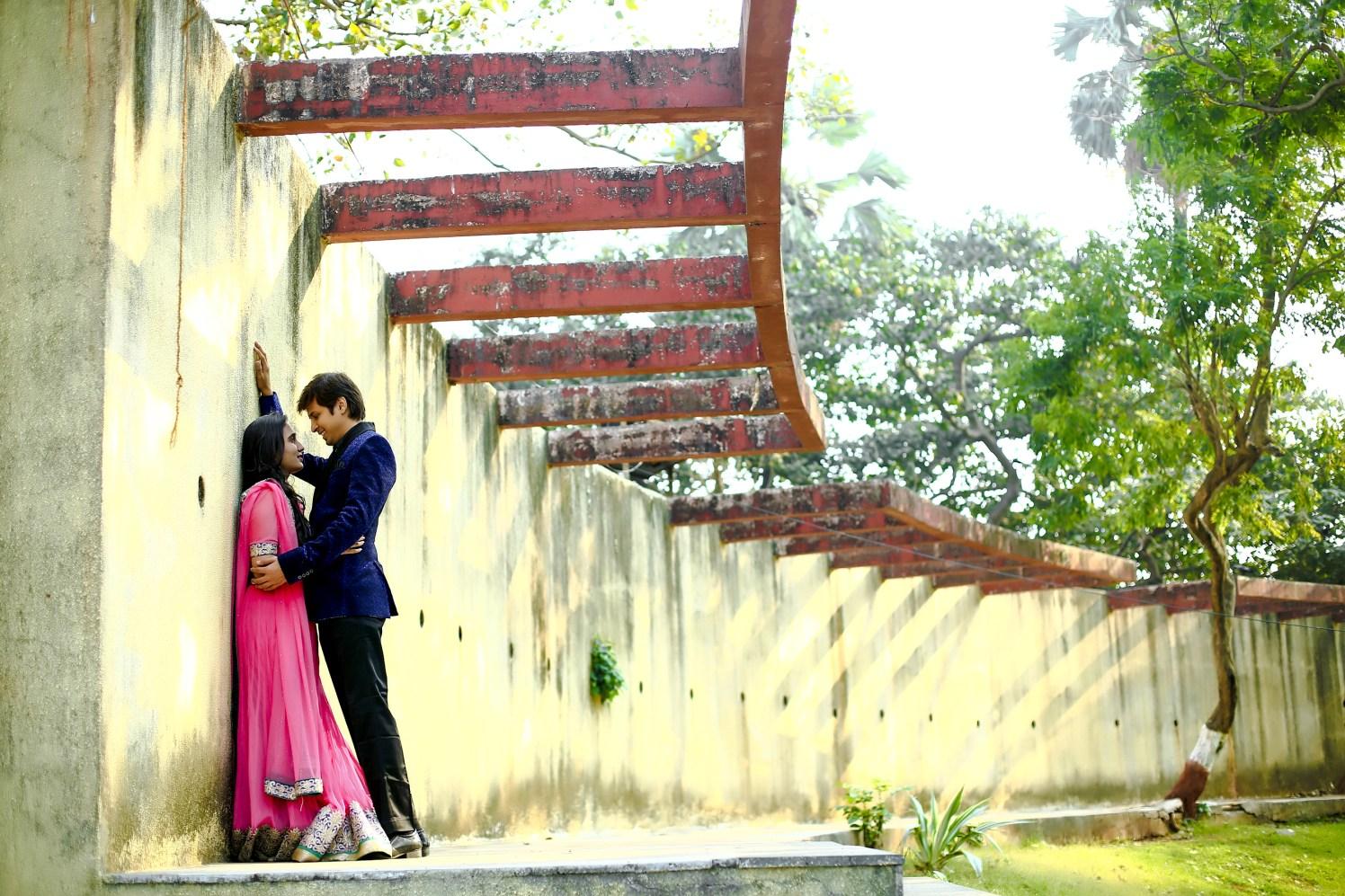 Elegant couple in a beautiful surrounding by Shobha Dhillon Wedding-photography | Weddings Photos & Ideas