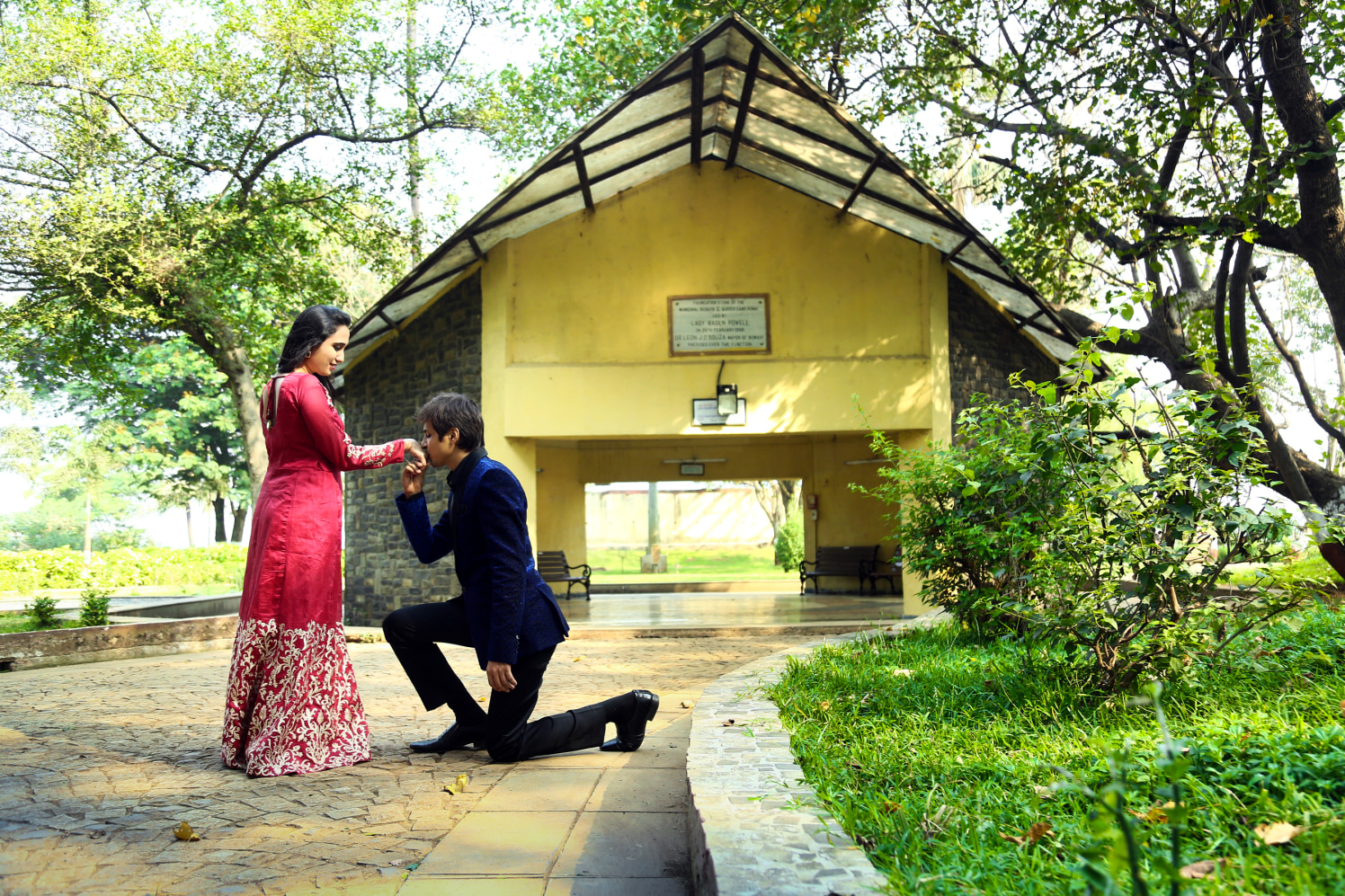 On my knees by Shobha Dhillon Wedding-photography | Weddings Photos & Ideas