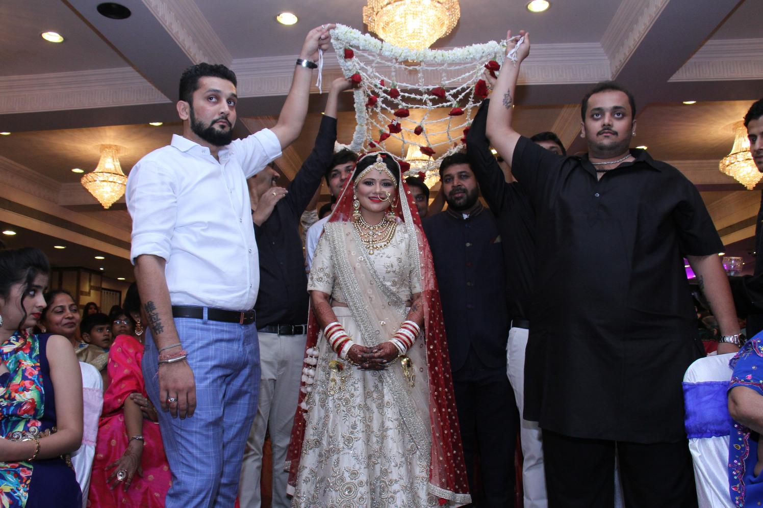 Magnificent bride by Shobha Dhillon Wedding-photography | Weddings Photos & Ideas