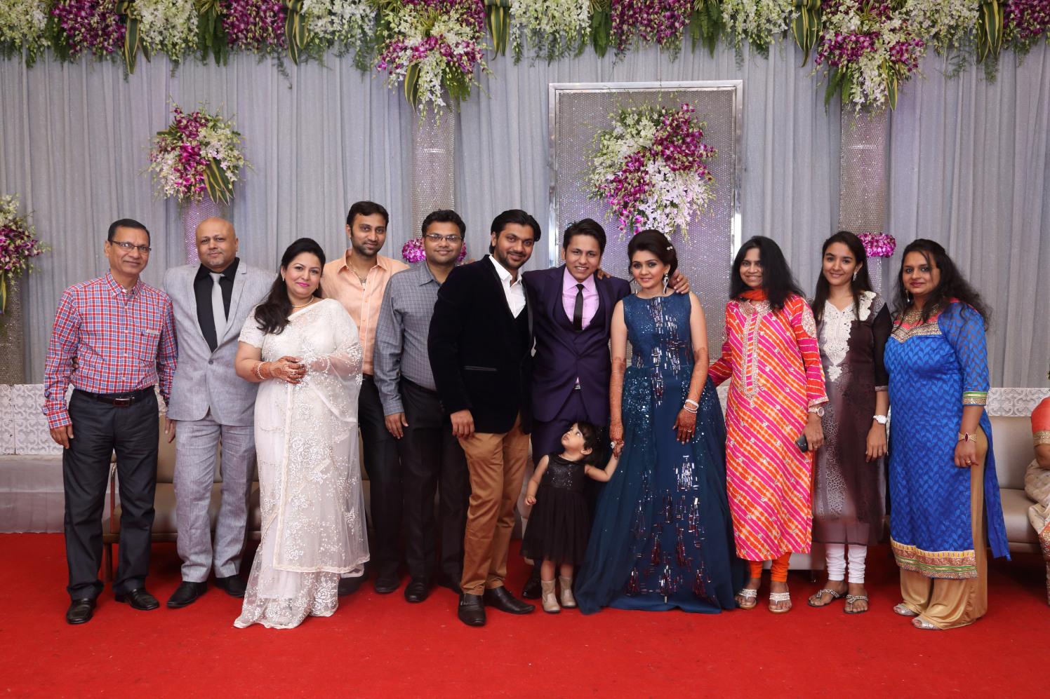 Celebrating with family by Shobha Dhillon Wedding-photography | Weddings Photos & Ideas