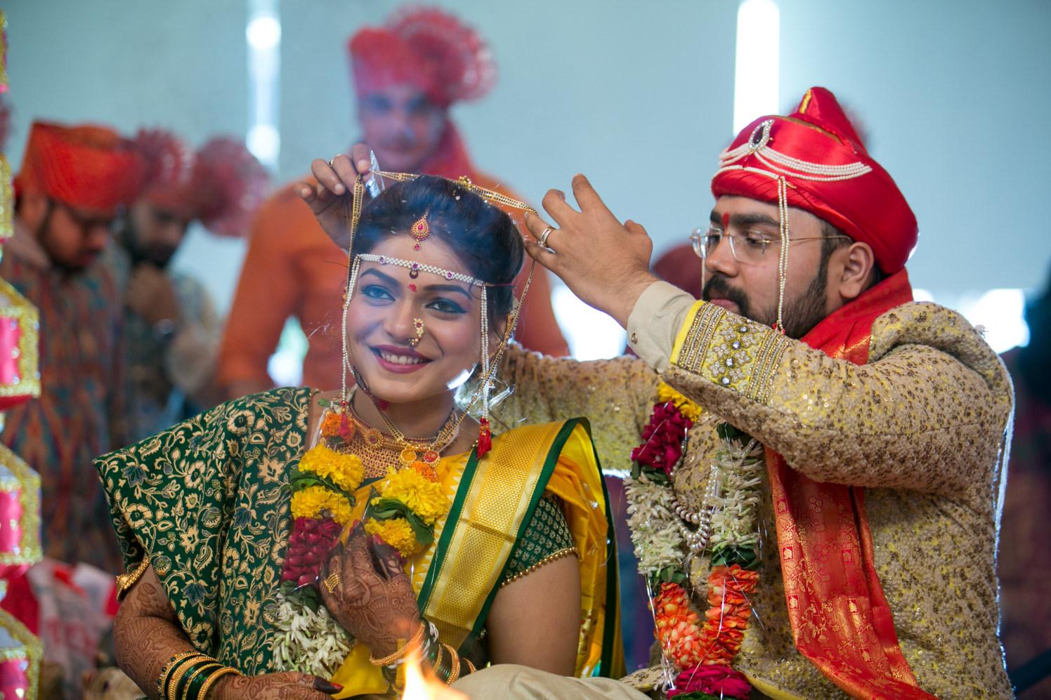 Elegant couple by Shobha Dhillon Wedding-photography | Weddings Photos & Ideas