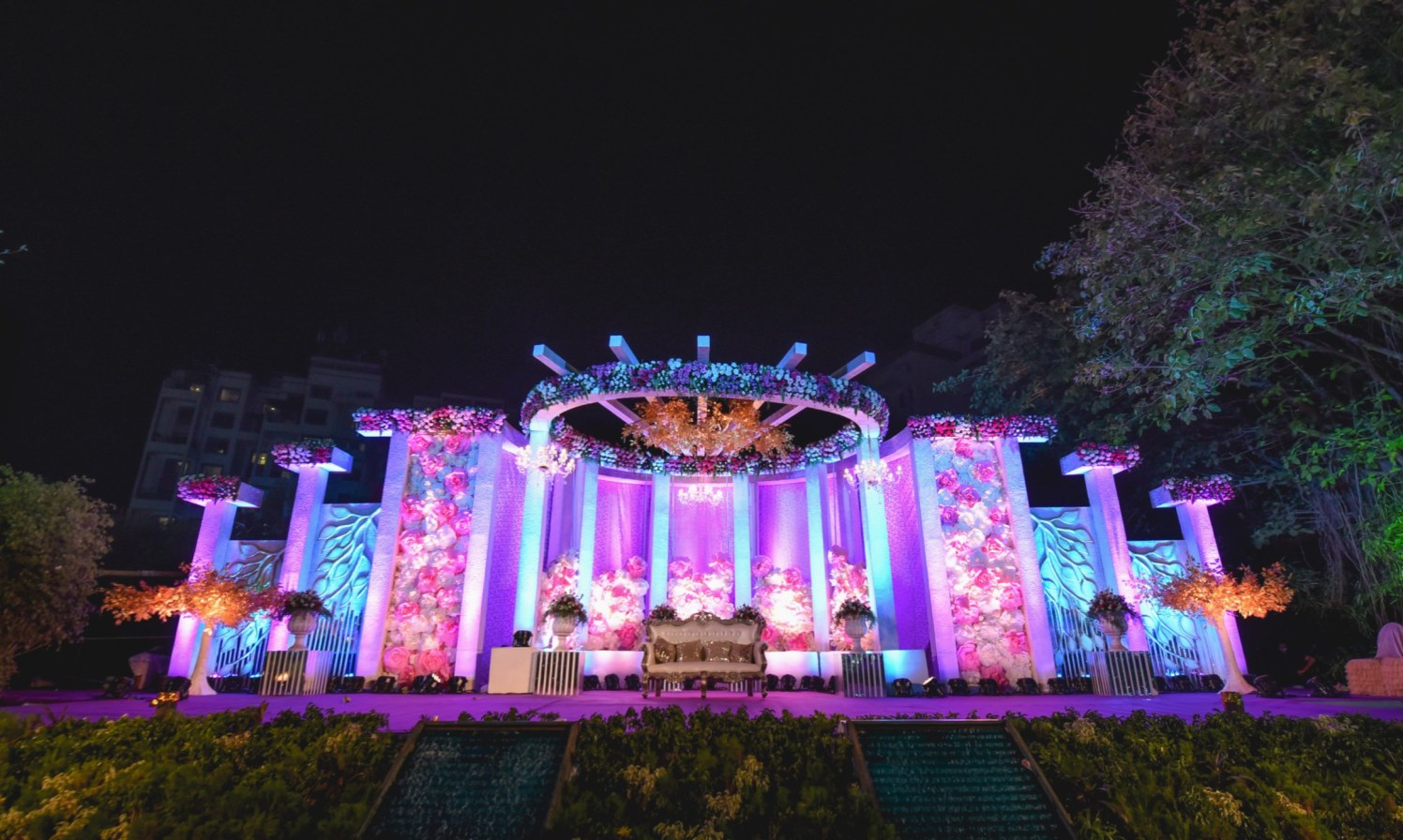 Floral Wedding Stage With Chandelier Lightings by Aniket Kanitkar Wedding-photography Wedding-decor | Weddings Photos & Ideas