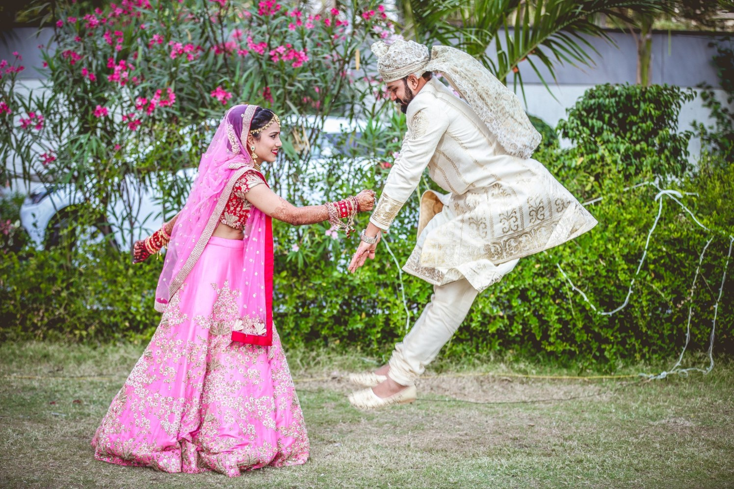 The punch of love! by Aniket Kanitkar Photography Wedding-photography | Weddings Photos & Ideas