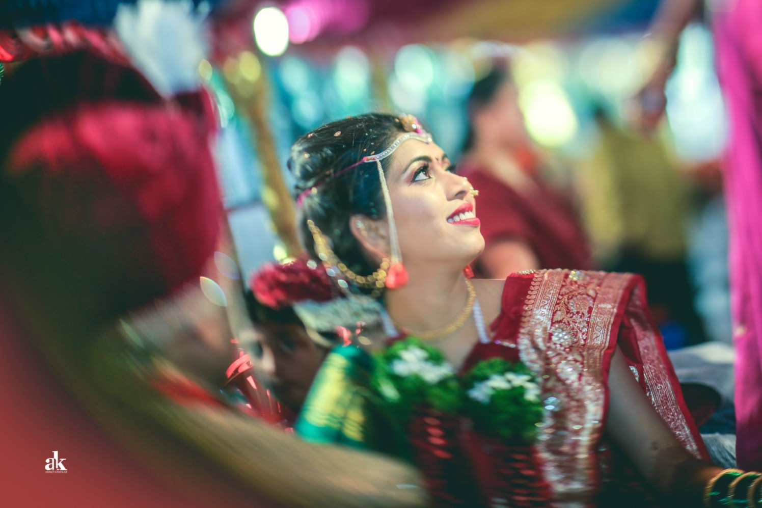 The bride goes flashy! by Aniket Kanitkar Photography Wedding-photography | Weddings Photos & Ideas