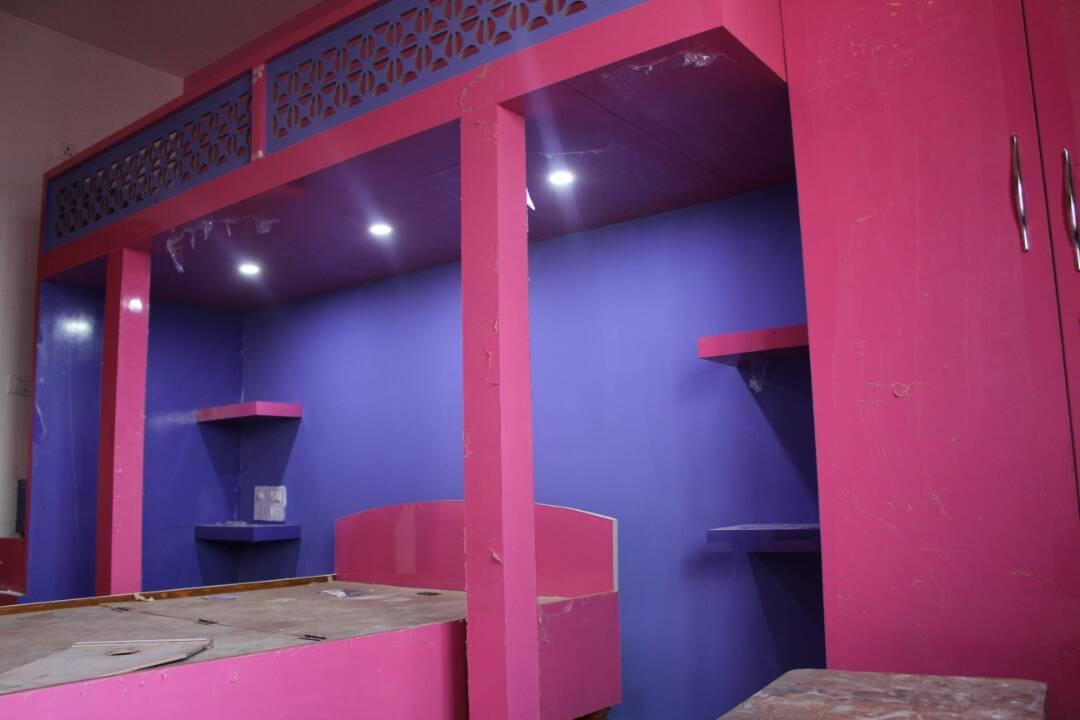 Bedroom by Divine home interiors  Bedroom Contemporary | Interior Design Photos & Ideas