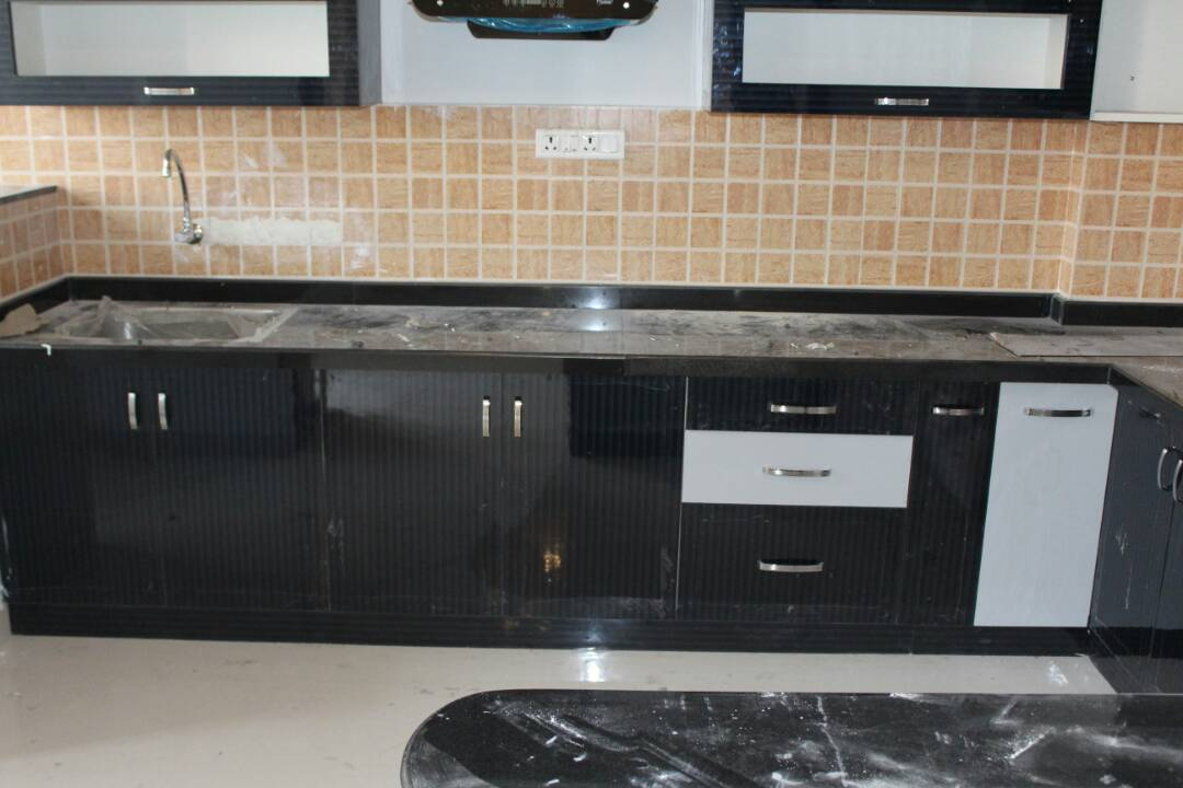 Modular Kitchen by Divine home interiors  Modular-kitchen Contemporary   Interior Design Photos & Ideas