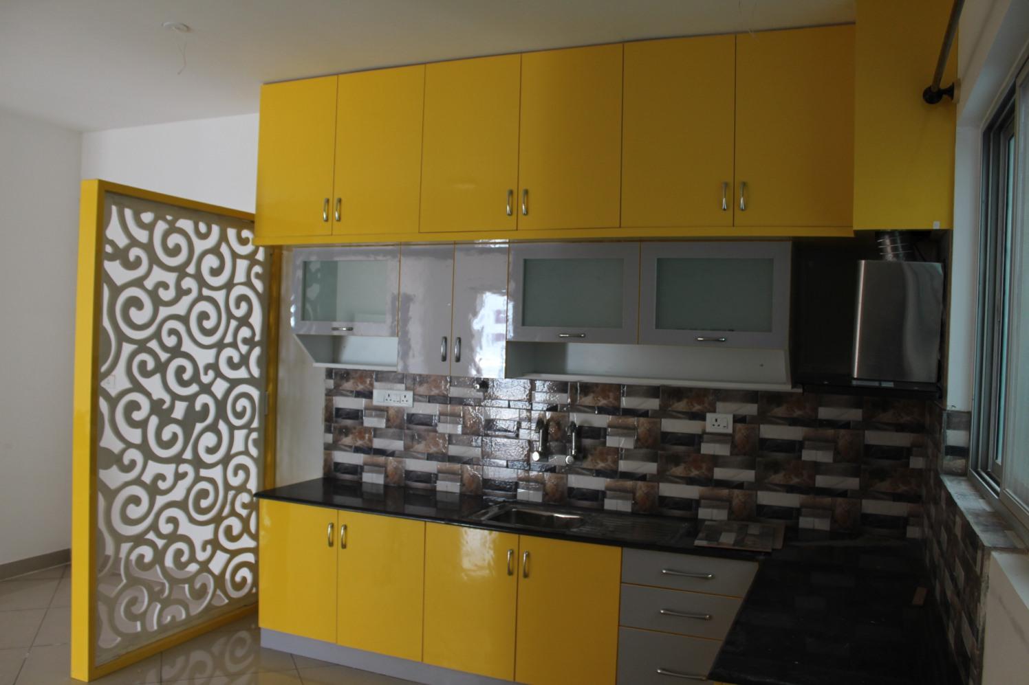 Modular Kitchen by Divine home interiors  Modular-kitchen Modern | Interior Design Photos & Ideas