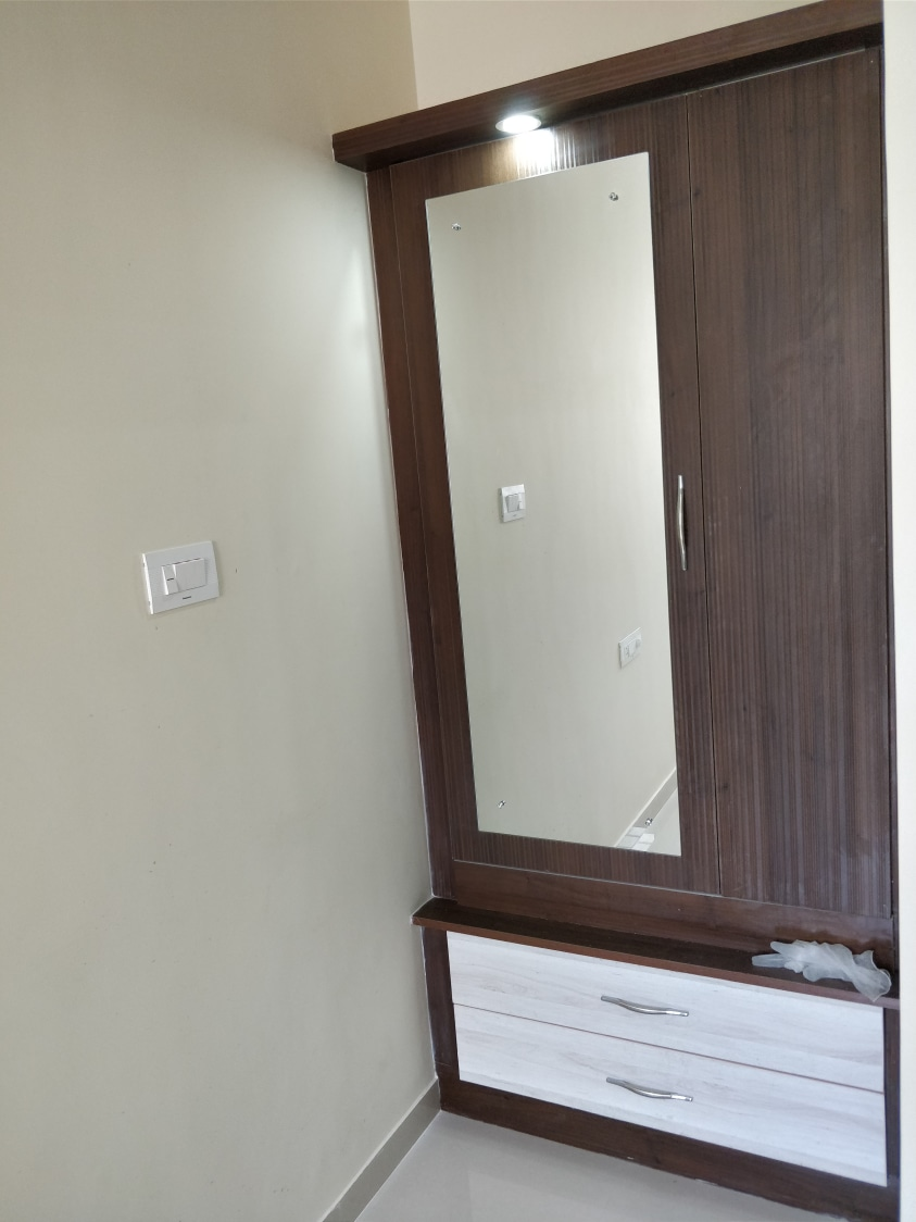 Dressing Table by Divine home interiors  Bedroom Contemporary | Interior Design Photos & Ideas