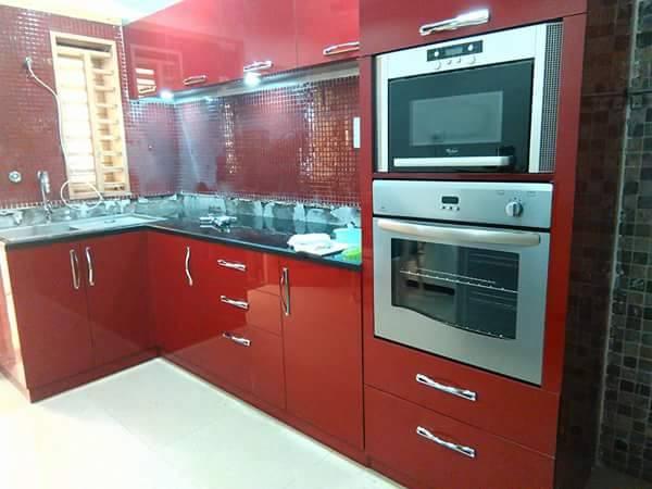 Red Modular Kitchen by Jyoti Yadav Modular-kitchen Modern | Interior Design Photos & Ideas